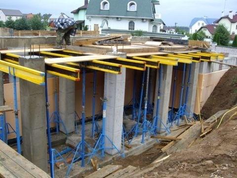 raschet-davleniya-betona-na-stenki-opalubki